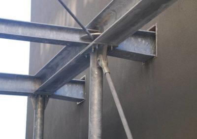 Palazzina Uffici One Martini - Passerella Mensa: dettaglio vincolo alla struttura